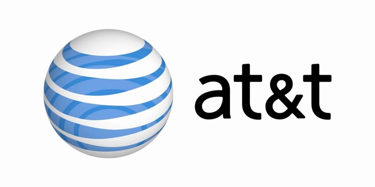 Senador estadounidense se opone a fusión de AT&T y T-Mobile