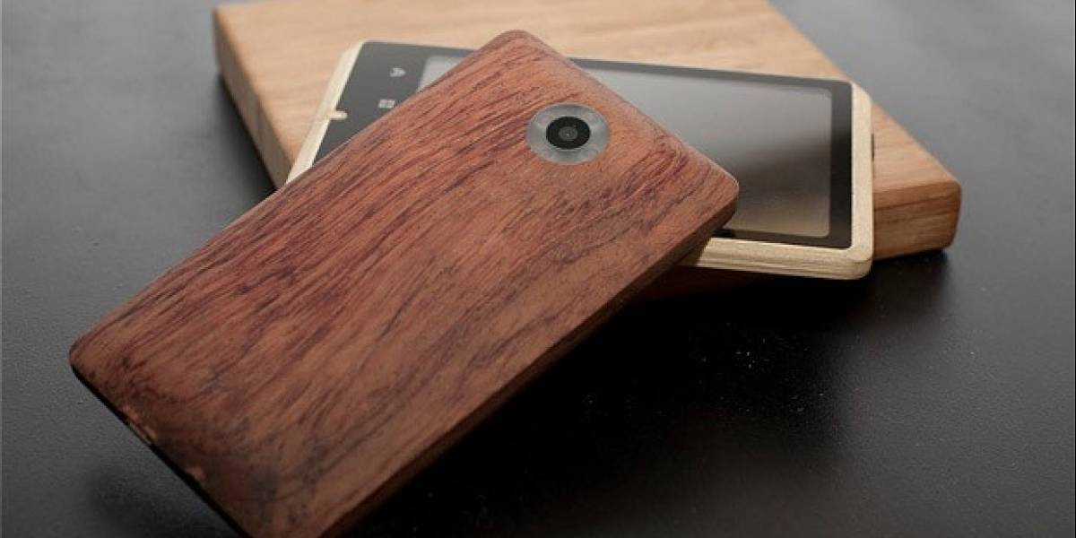 ADzero, un móvil de bambú para mostrar tu lado verde