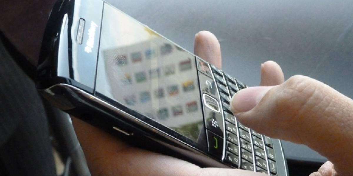 Revisa tus pulgares: tu móvil puede enfermarlos