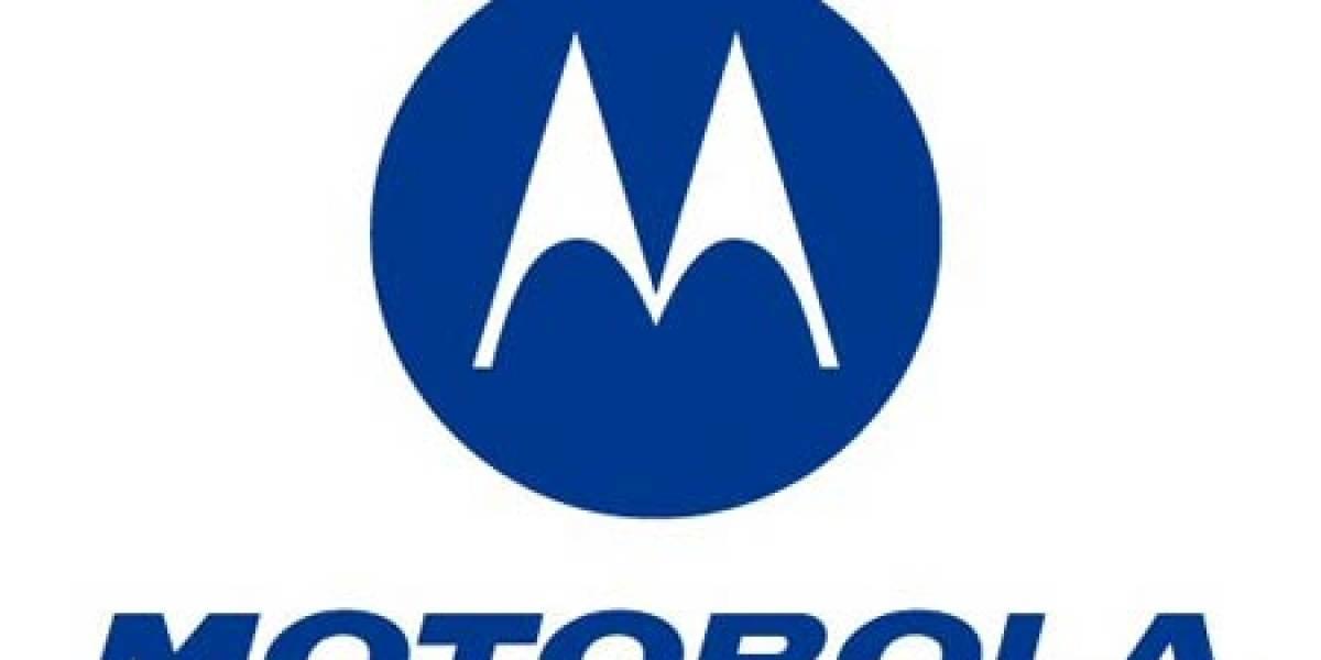 ¡No! ¡Motorola se quiere casar con Microsoft!
