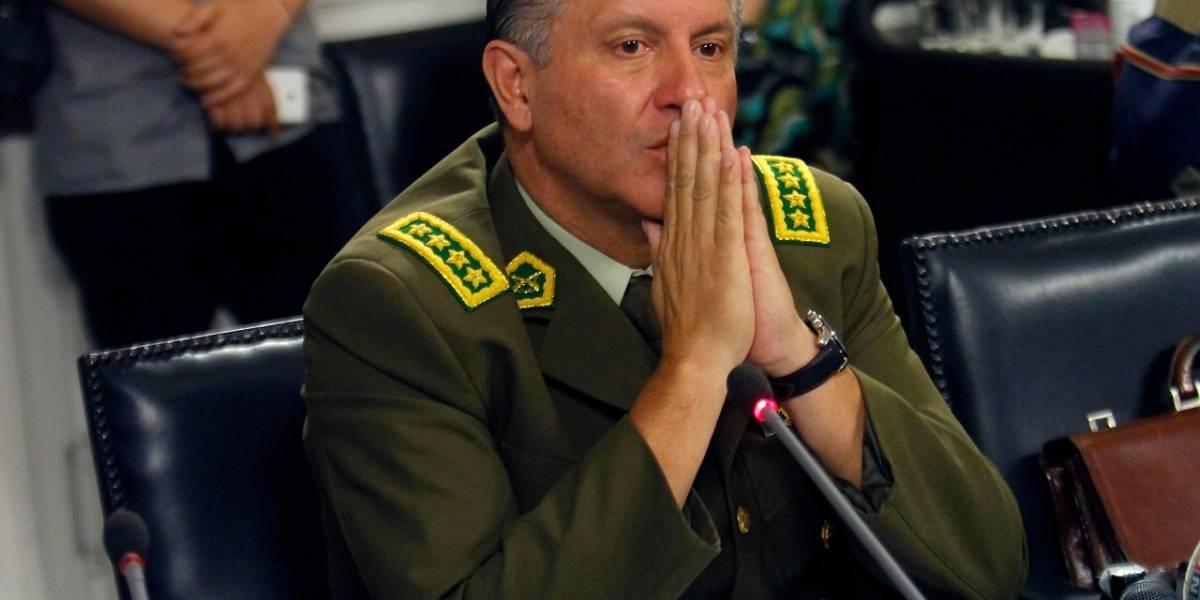 El huracán que trajo de regreso a Chile al general Bruno Villalobos