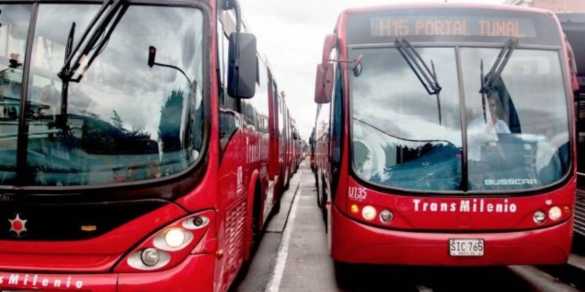 Ciclista quedó herido luego de que lo atropellara un bus de TransMilenio