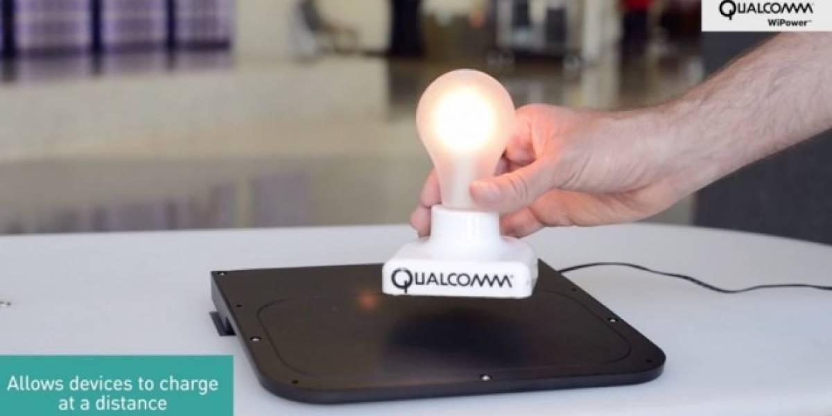 Qualcomm desarrolla cargadores inalámbricos que funcionan con teléfonos metálicos
