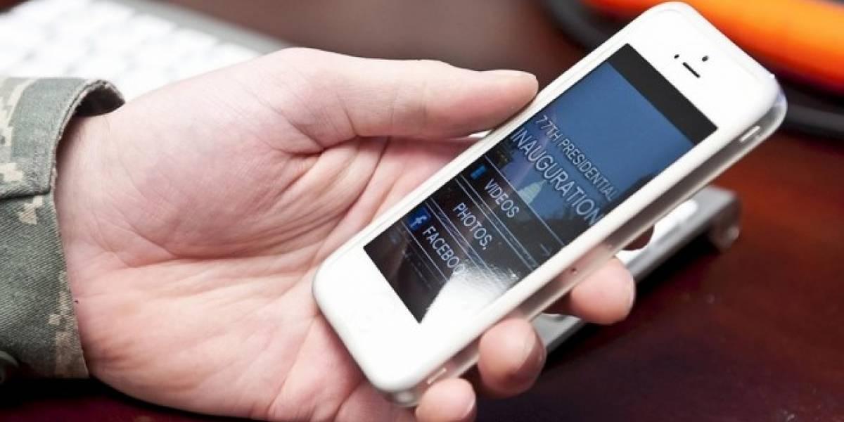 Proyecto de ley busca prohibir el uso de celulares dentro de bancos