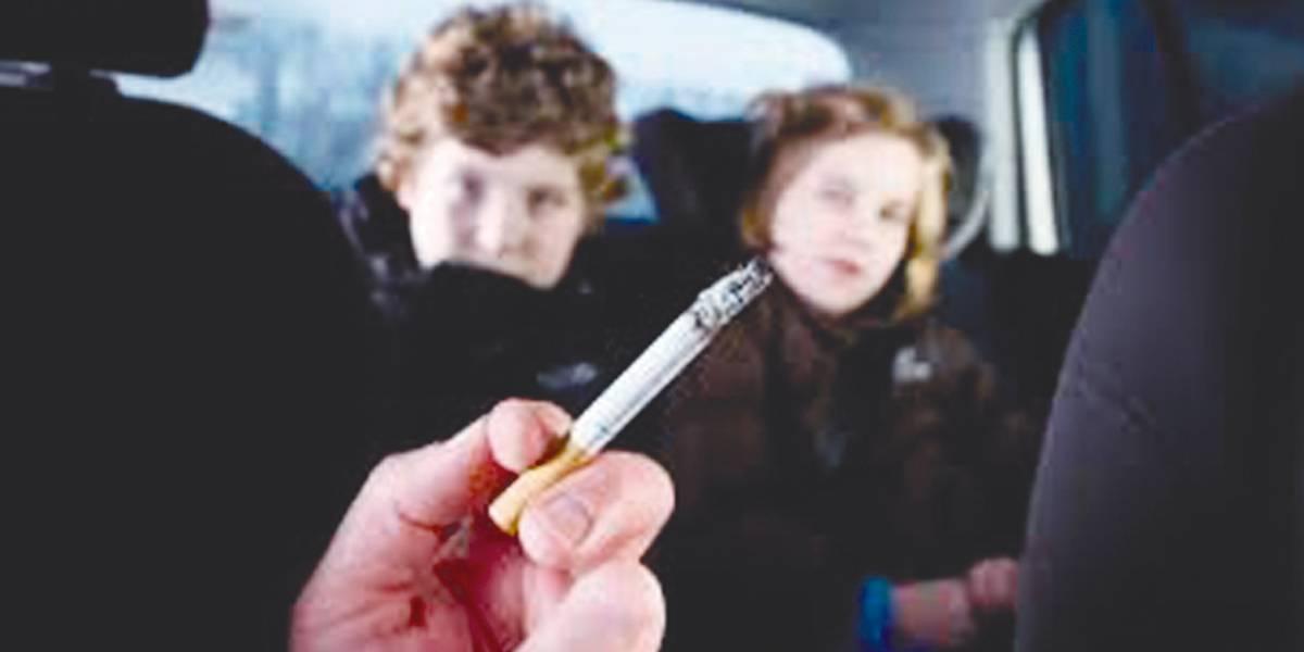 Projeto quer tornar crime fumar em carros com crianças e grávidas