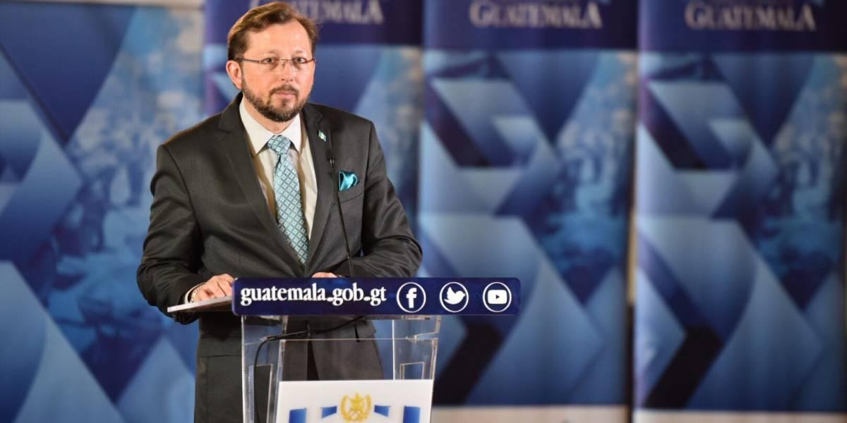 """Vocero presidencial califica de """"inconclusa"""" la investigación de MP y CICIG"""