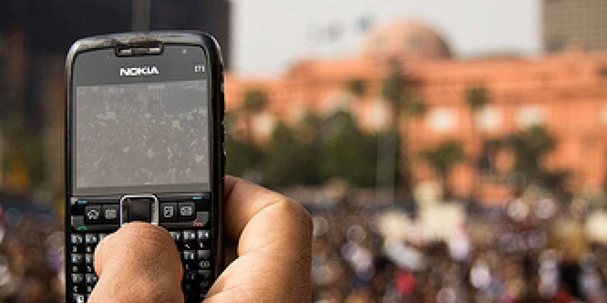 Gobierno egipcio usó a Vodafone para enviar SMS masivos