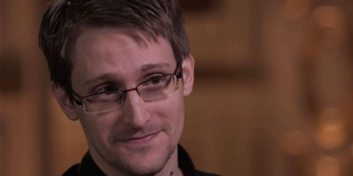Edward Snowden advierte: Facebook, Instagram y Youtube espían a sus usuarios