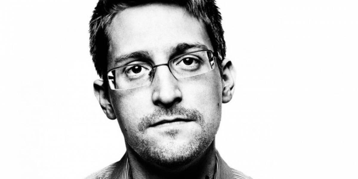 Snowden cree que el FBI debería decirle a Apple cómo hackea iPhones