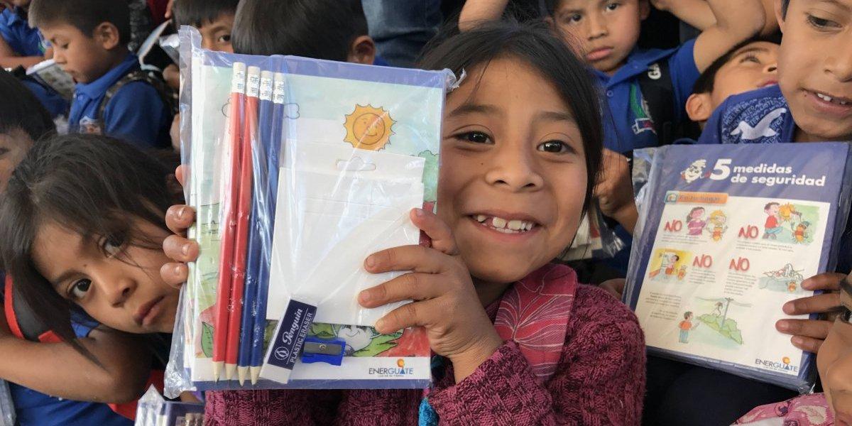 """Publinews entrega donación de la campaña """"Recicla y Ayuda"""""""