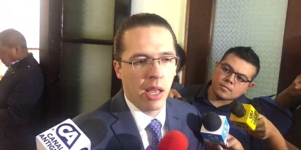 """Alejos dice que Fiscal General fue electa por la """"vieja política"""" y advierte un """"tercer golpe de Estado"""""""