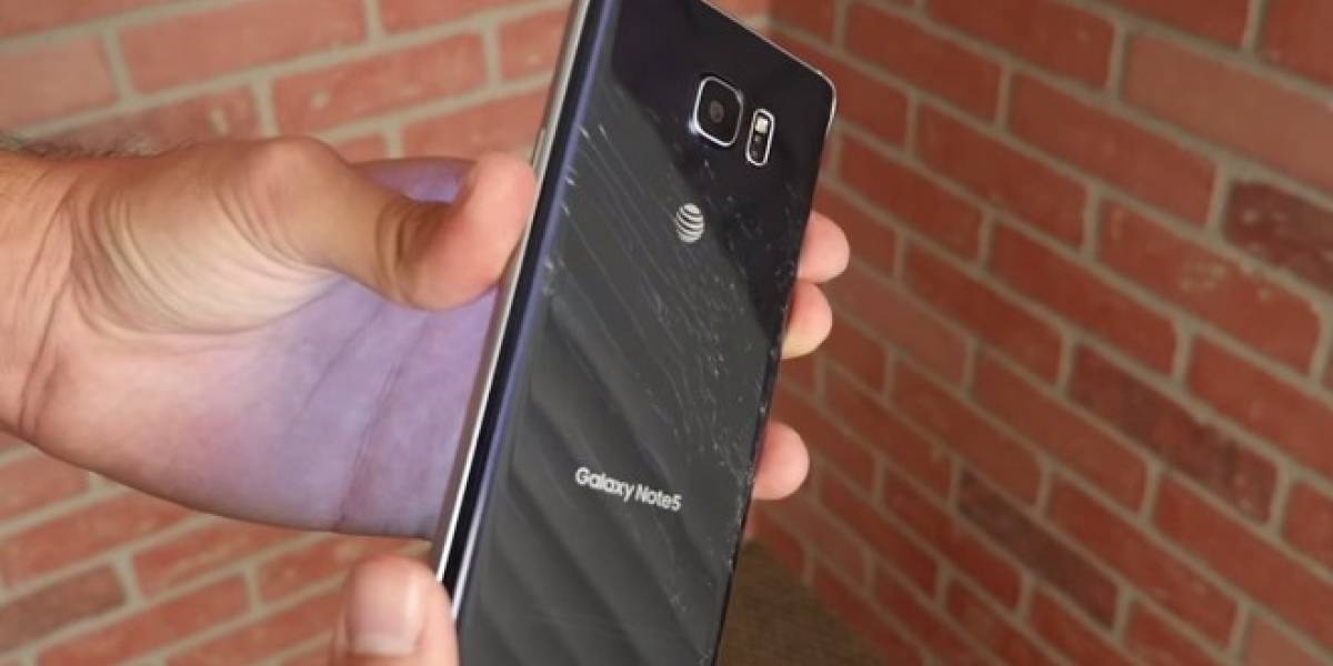 Prueba de caída muestra que el Galaxy Note 5 no es muy resistente