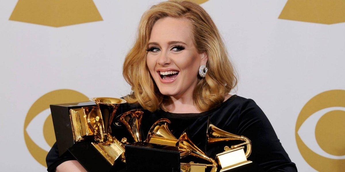 Adele anuncia separação do marido Simon Konecki