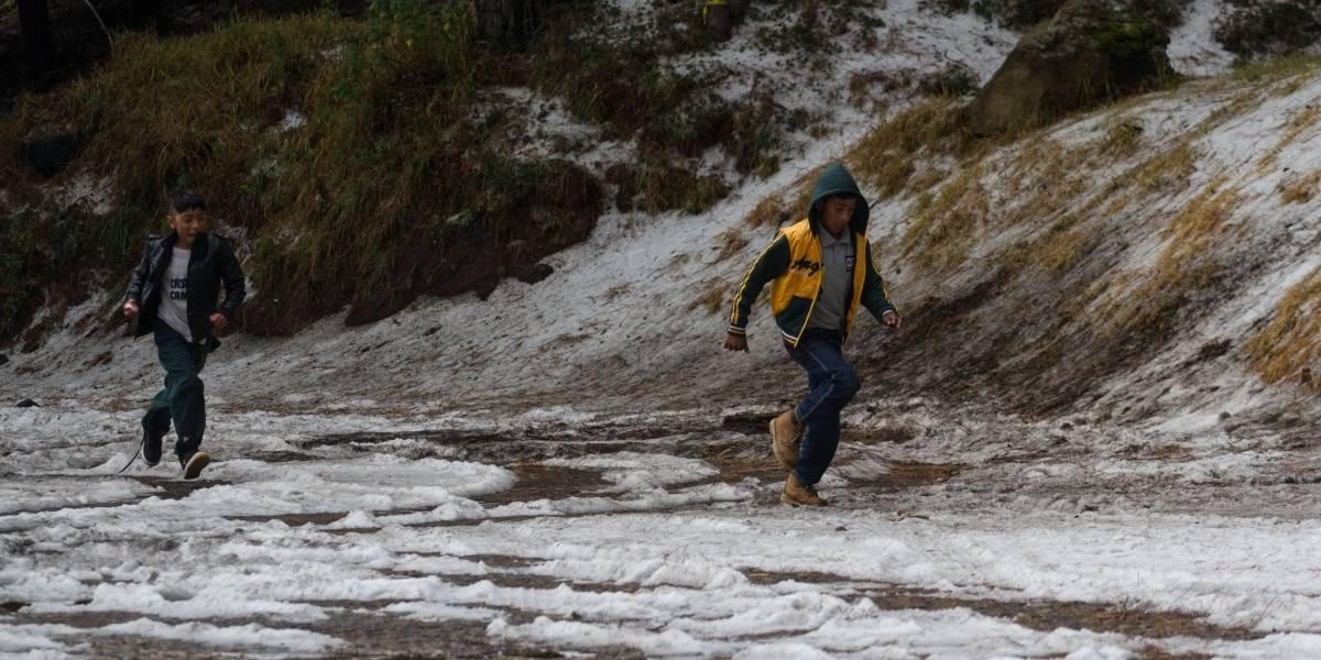 Frente frío 25 provocará lluvias y bajas temperaturas en gran parte del país
