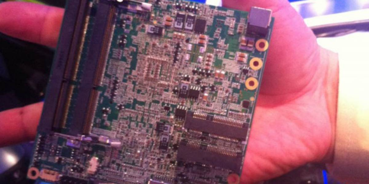Intel lanza el NUC, competencia al Raspberry Pi