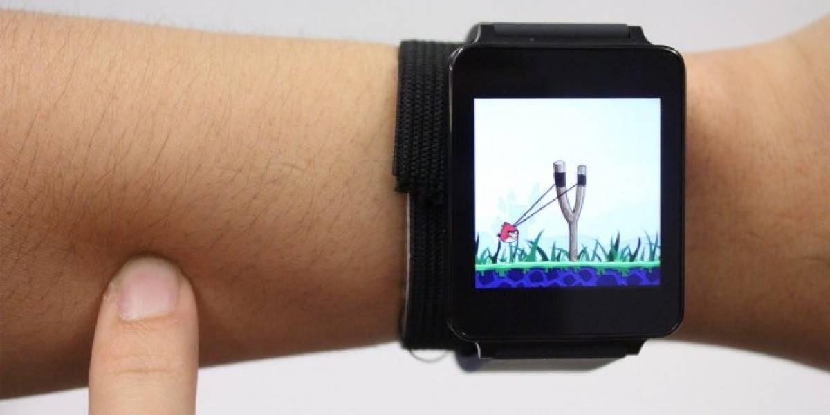 Con SkinTrack puedes navegar en tu smartwatch usando tu piel como interfaz