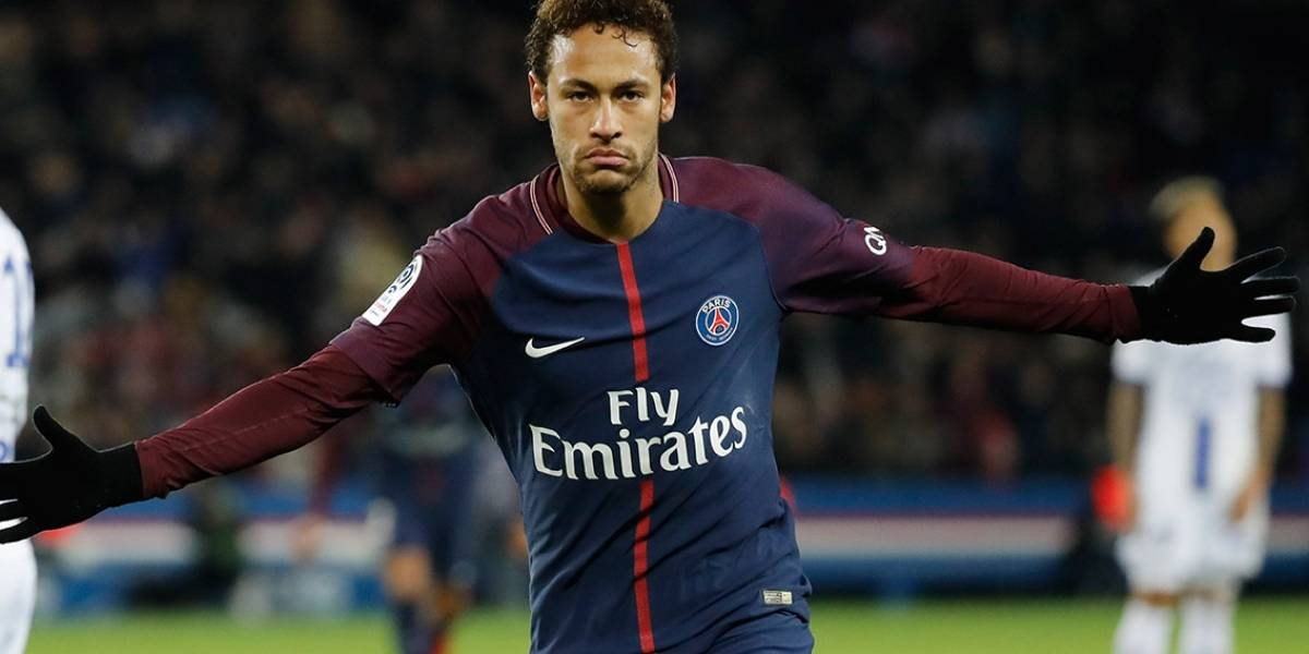 """Neymar : """"Cristiano Ronaldo es el espejo en el que me miro"""""""