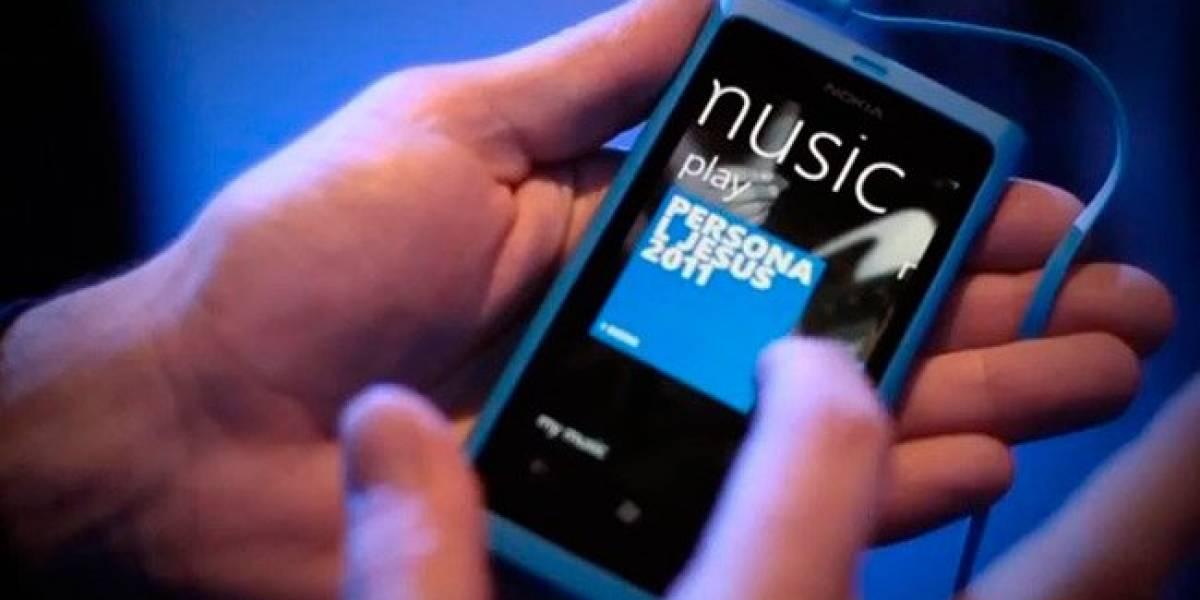 """Nokia Lumia 800 fue nombrado el teléfono del año por """"What Mobile Awards"""""""