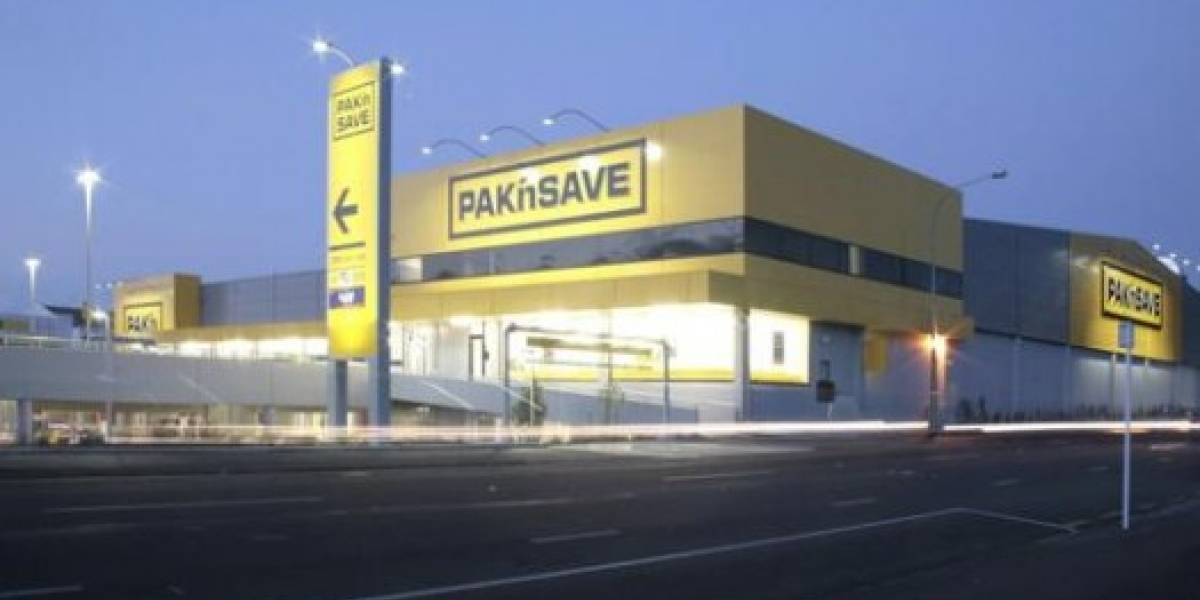 Fallo computacional abrió supermercado en Viernes Santo
