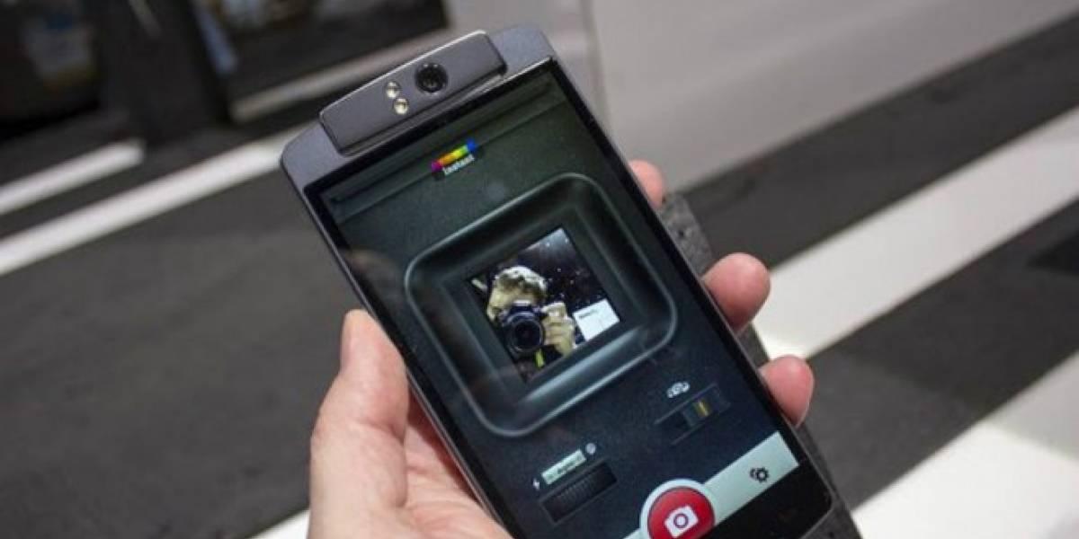 A Oppo no le gusta que Polaroid copie el diseño de su cámara giratoria