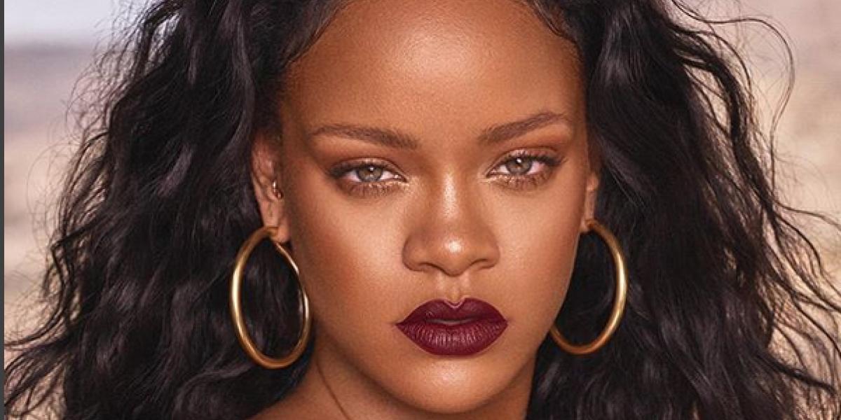 Rihanna muestra estrías y vellos en redes sociales