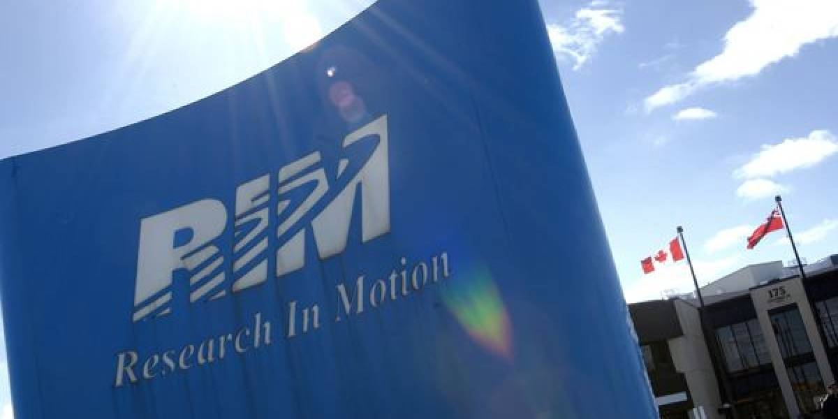 RIM cae en la bolsa tras la renuncia de sus CEO
