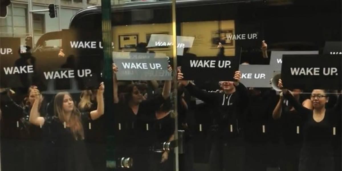 ¡Epa! Samsung niega estar detrás de la protesta en Apple Store australiana