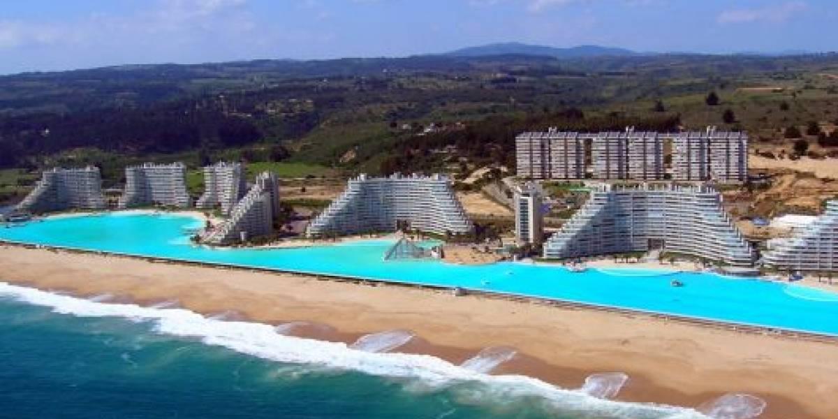 Piscina más grande del mundo está en Chile