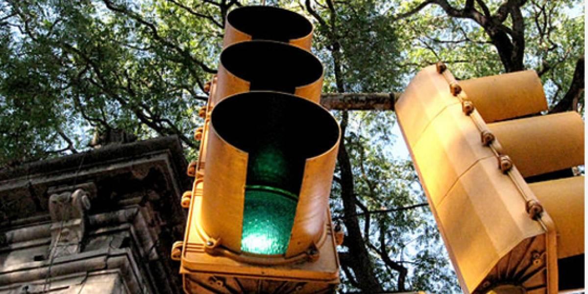 WTF: Ladrones destrozan semáforos sudafricanos para robarles las tarjetas SIM