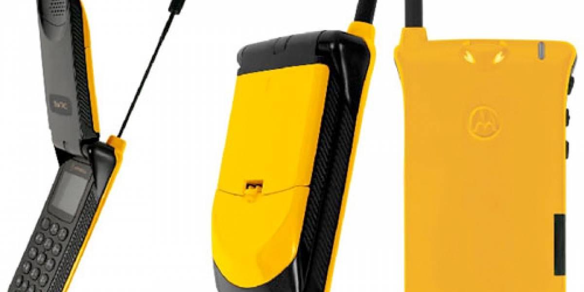 Antiguos Motorola StarTAC vuelven reciclados y amarillos