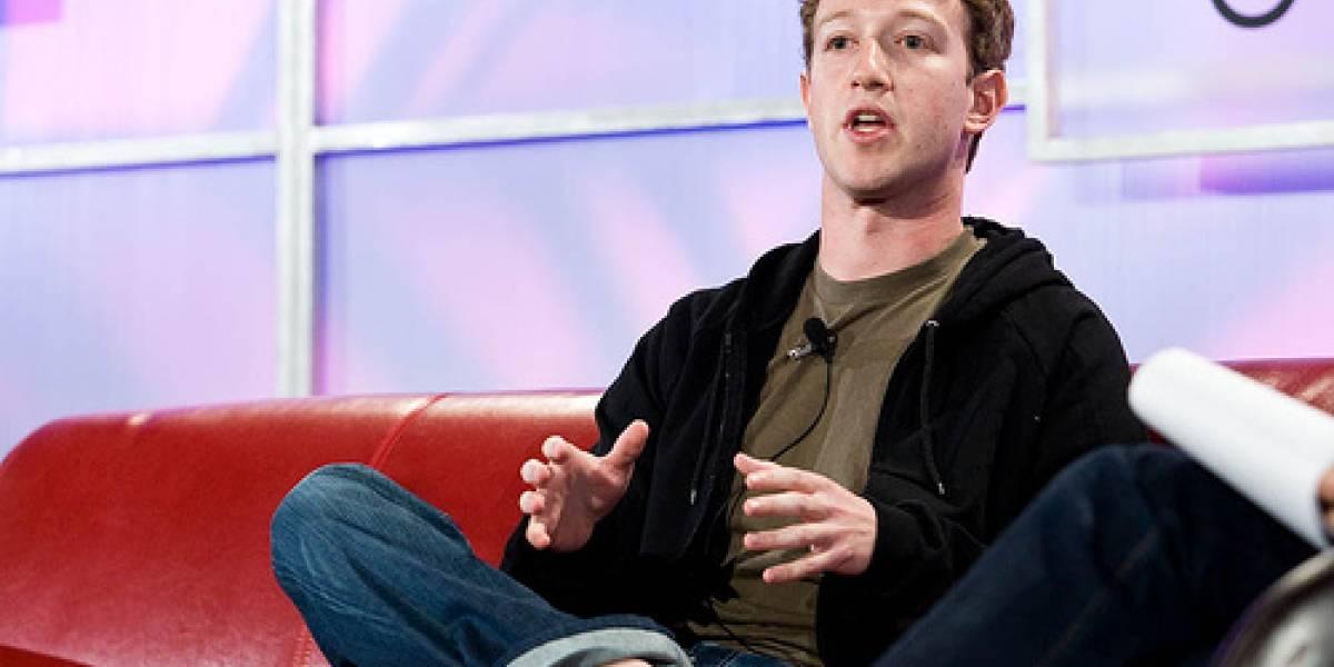 Pese a desmentidos, aparecen supuestas características del 'Facebook Phone'