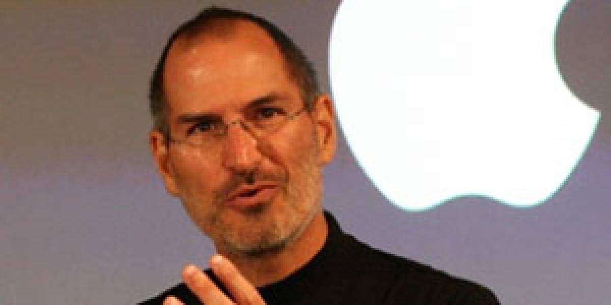 Jobs asegura que Apple no espía a la gente, pero Google sí