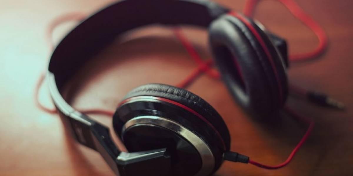 AmpMe comparte tu música en varios teléfonos para crear un parlante gigante