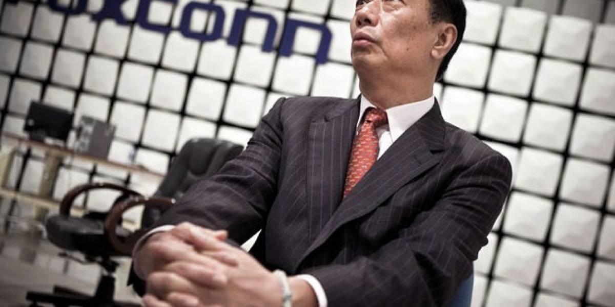 Terry Gou, presidente de Foxconn, compara a sus empleados con animales
