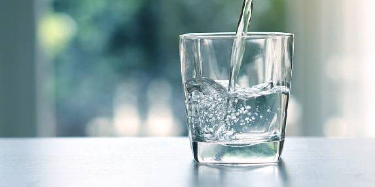 Reclaman agua potable y luz para 400 familias en Comerío