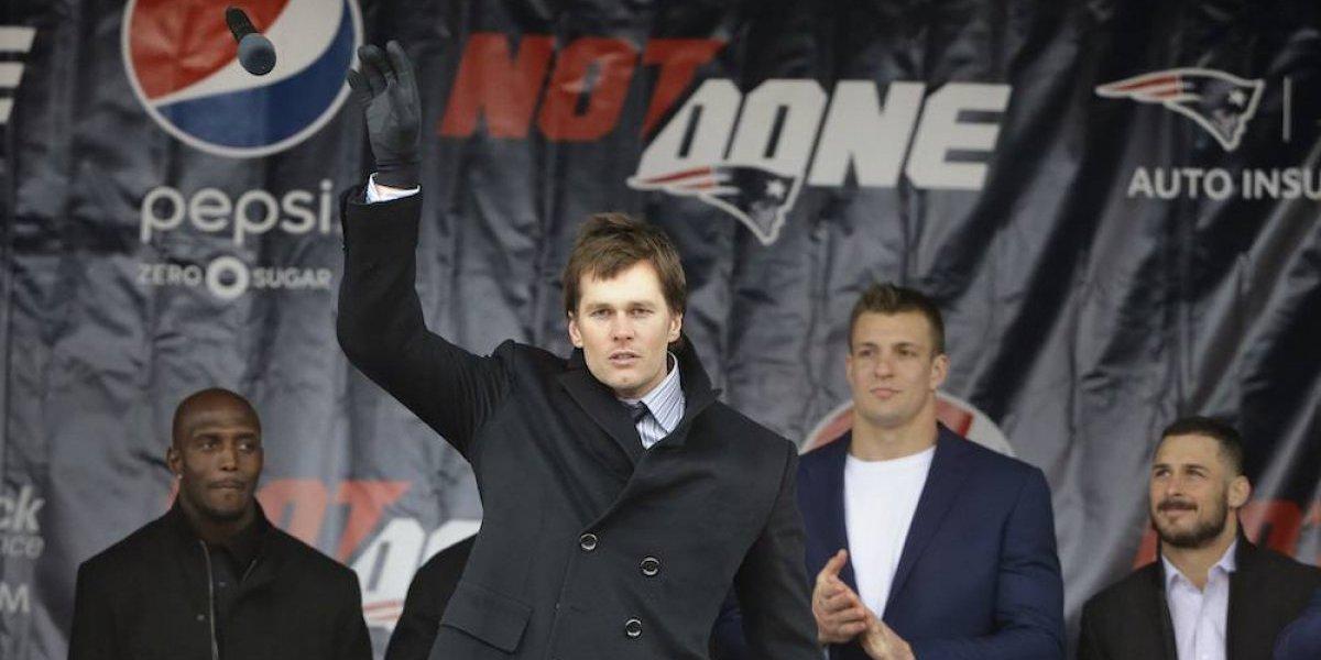 Tom Brady promete a sus aficionados ganar el Super Bowl LII