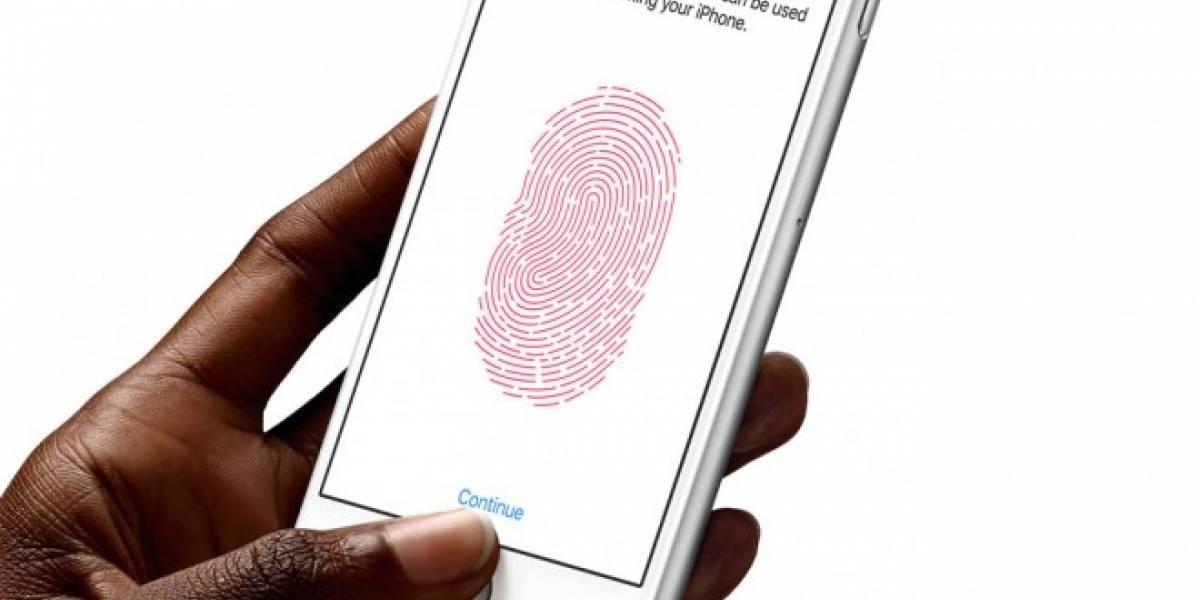 Juez ordena desbloquear iPhone con la huella digital de la acusada