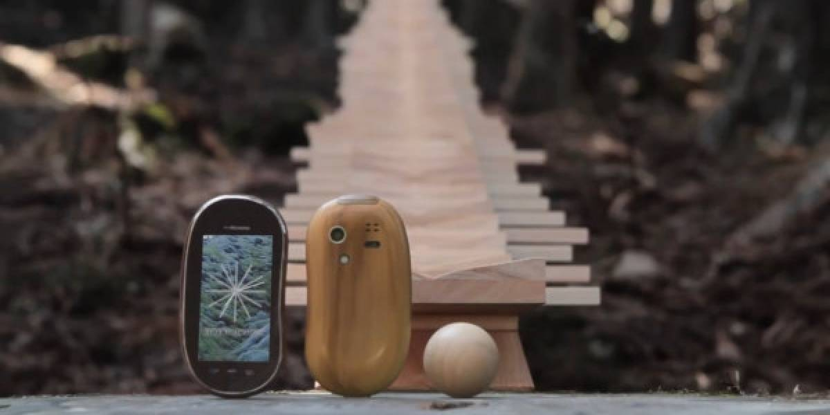 "Vean el comercial ""natural"" para el Sharp Touch Wood"