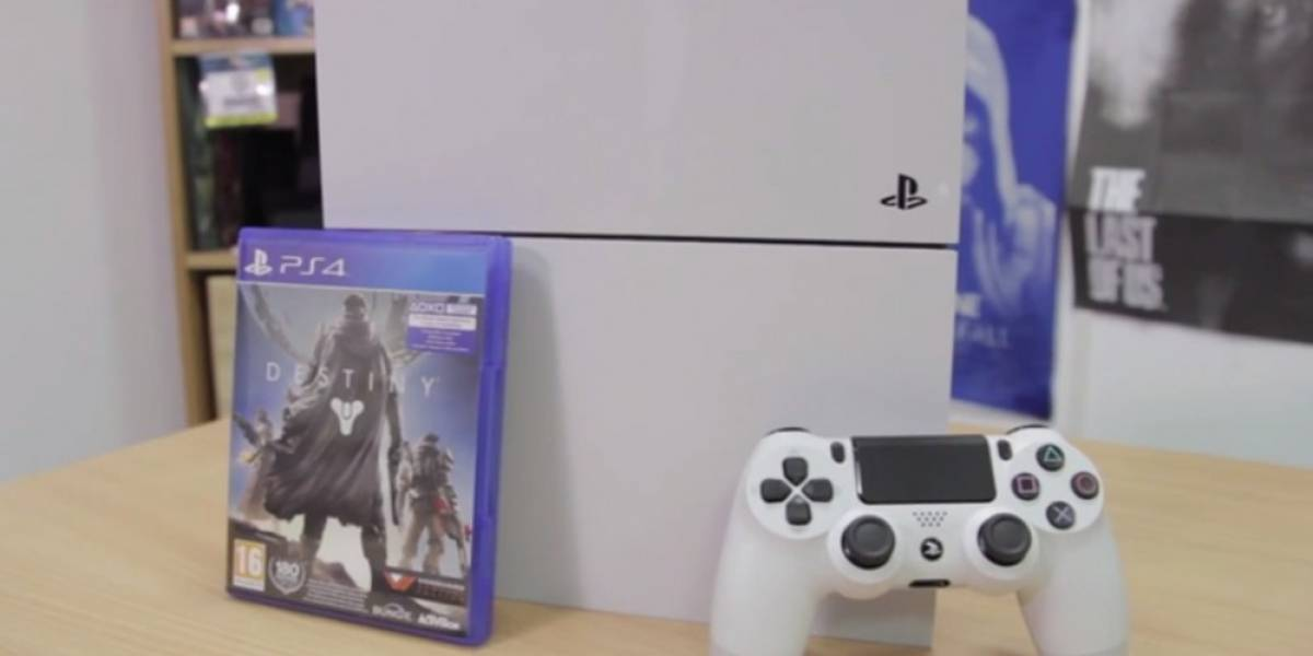 Mira el unboxing del PlayStation 4 Glacier White con Destiny