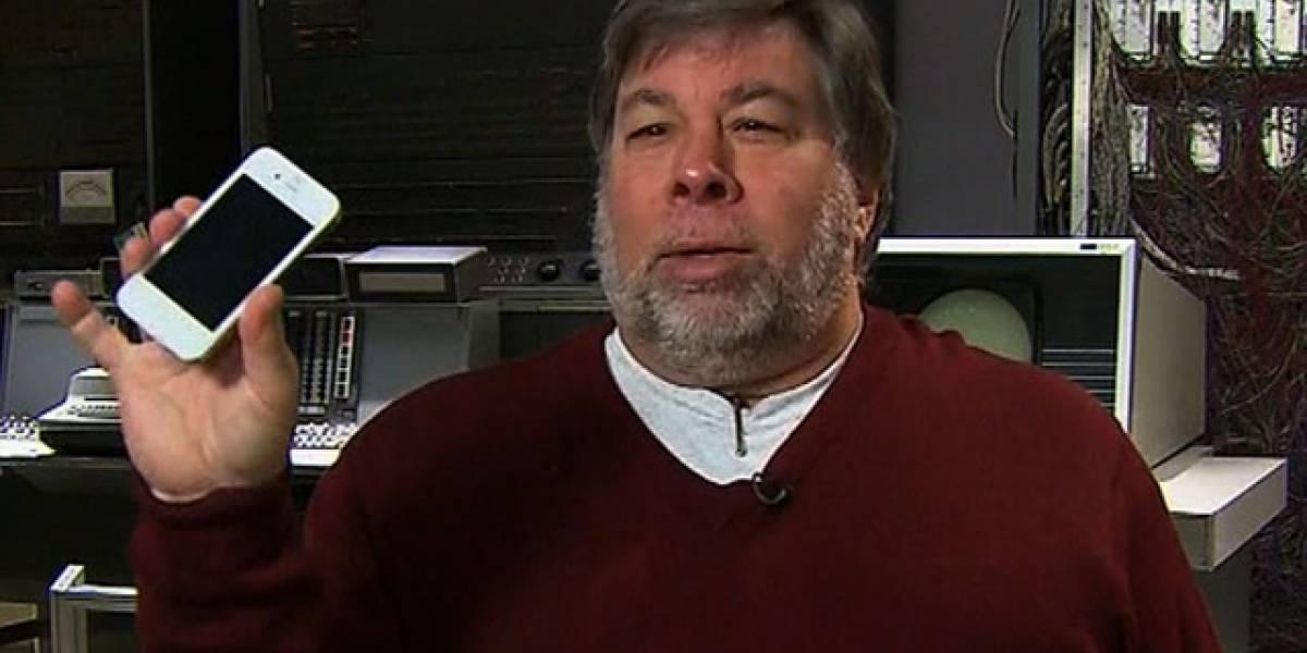 Steve Wozniak tampoco se pudo aguantar la espera por el iPhone 4 blanco