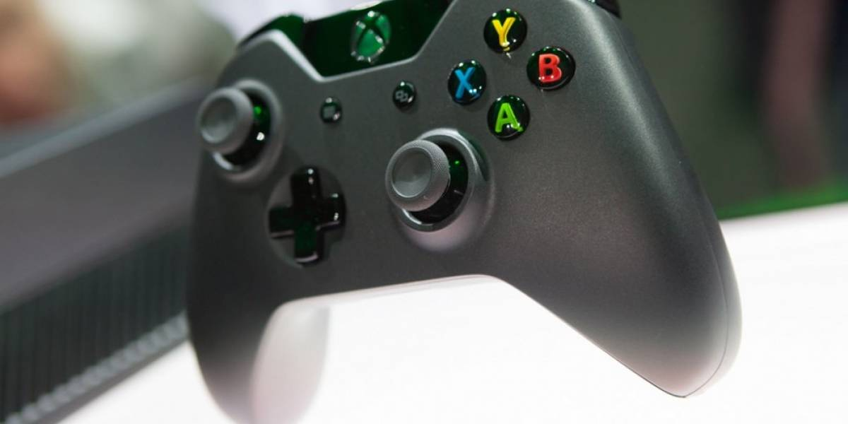Imágenes del nuevo control de Xbox One confirman puerto de audio estándar
