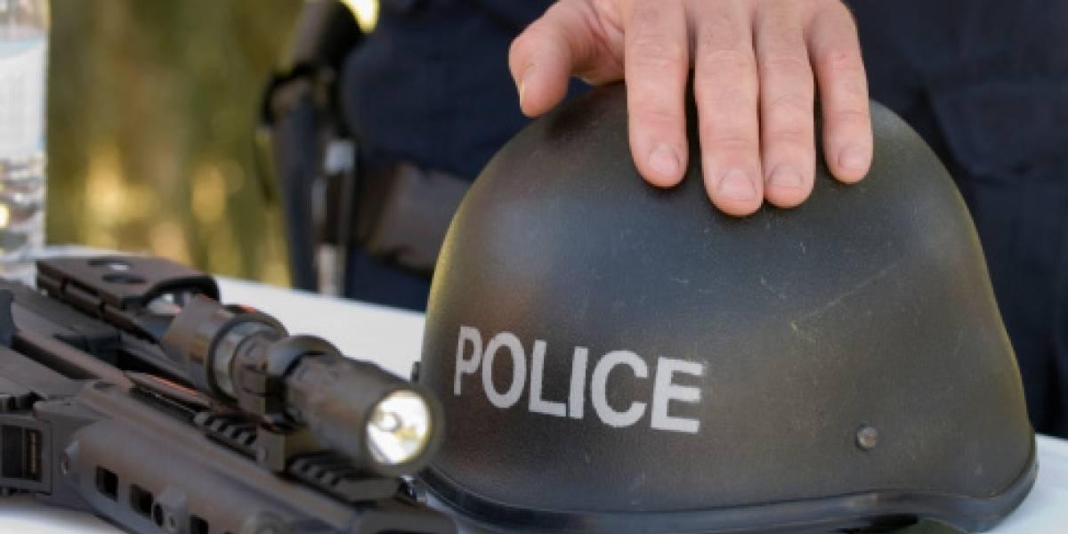 Dos policías drogados piden refuerzos asustados por las alucinaciones