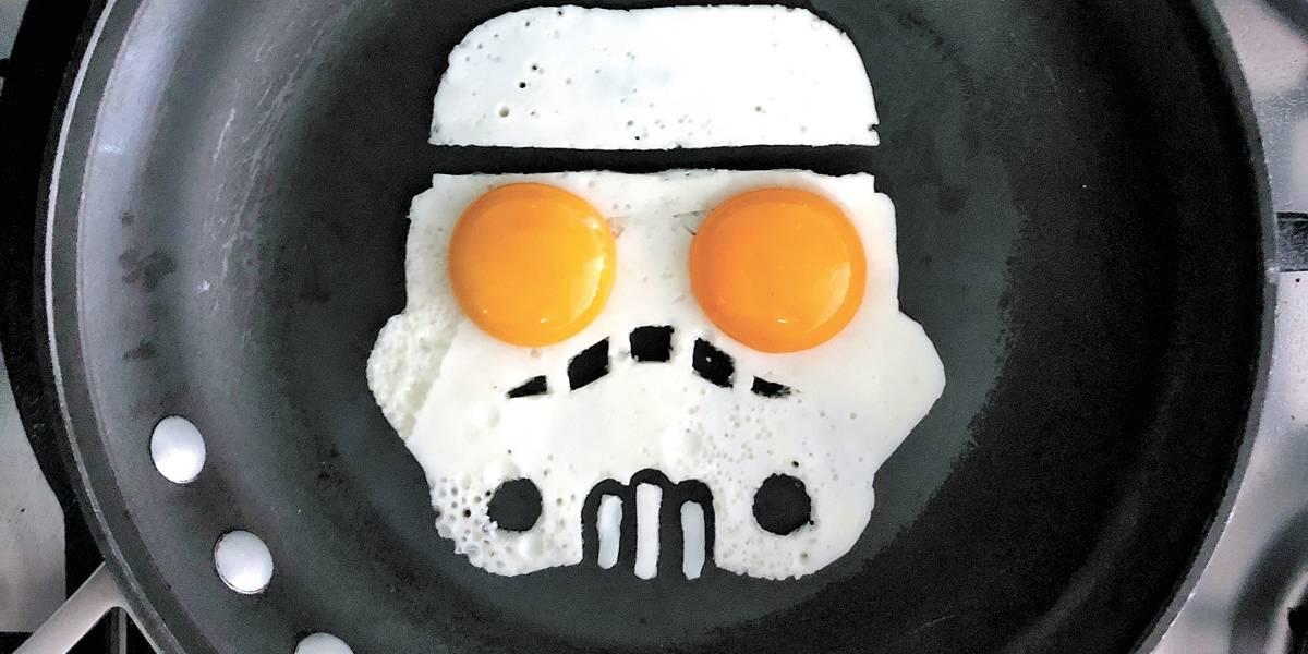 Estudante cria imagens incríveis usando apenas ovos, espátula e uma frigideira