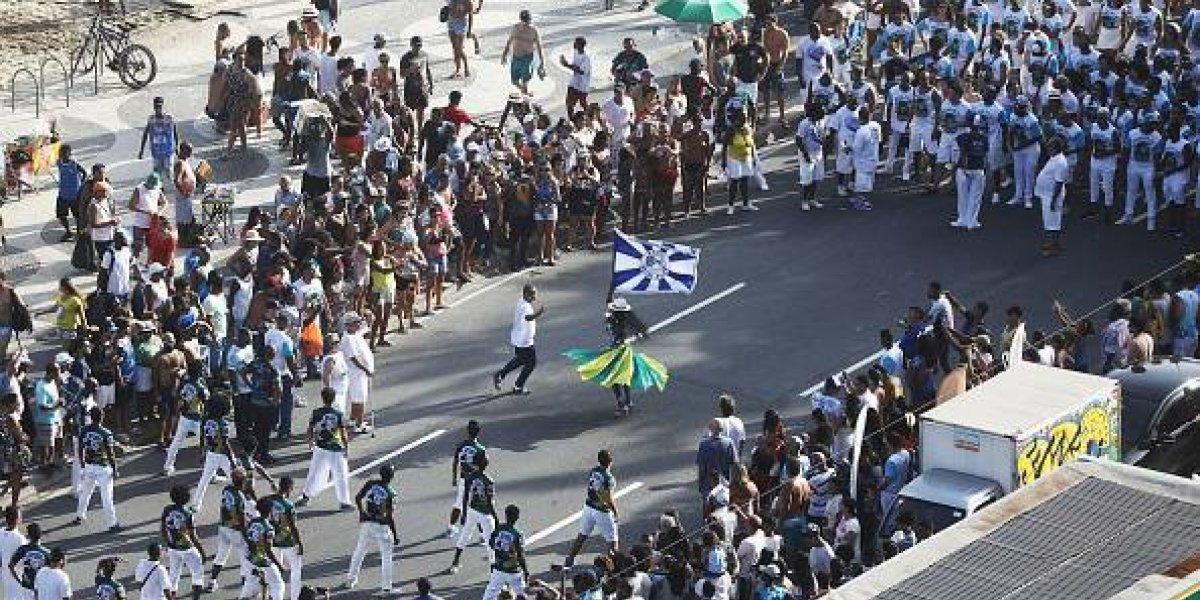 Cero exclusión en Río de Janeiro: Municipalidad promueve samba en lengua de señas