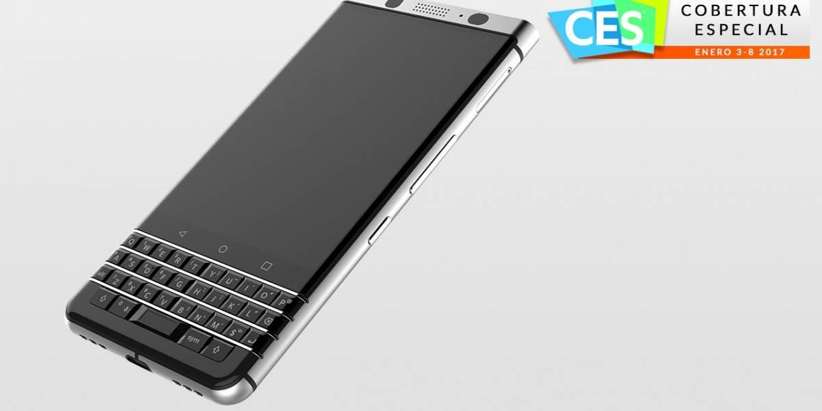 TCL muestra la resurrección de BlackBerry con teclado #CES2017