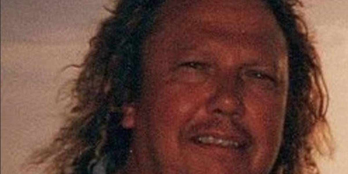 Divertido homenaje de una hija a su fallecido padre se vuelve viral