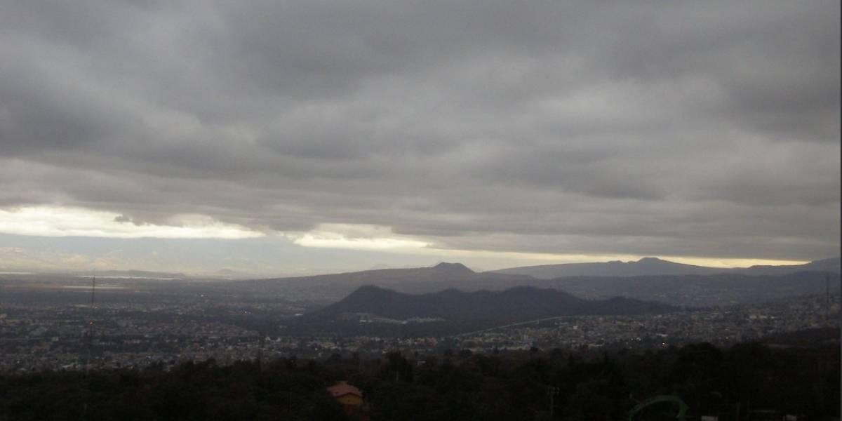 Reportan caída de aguanieve en Tlalpan y Milpa Alta