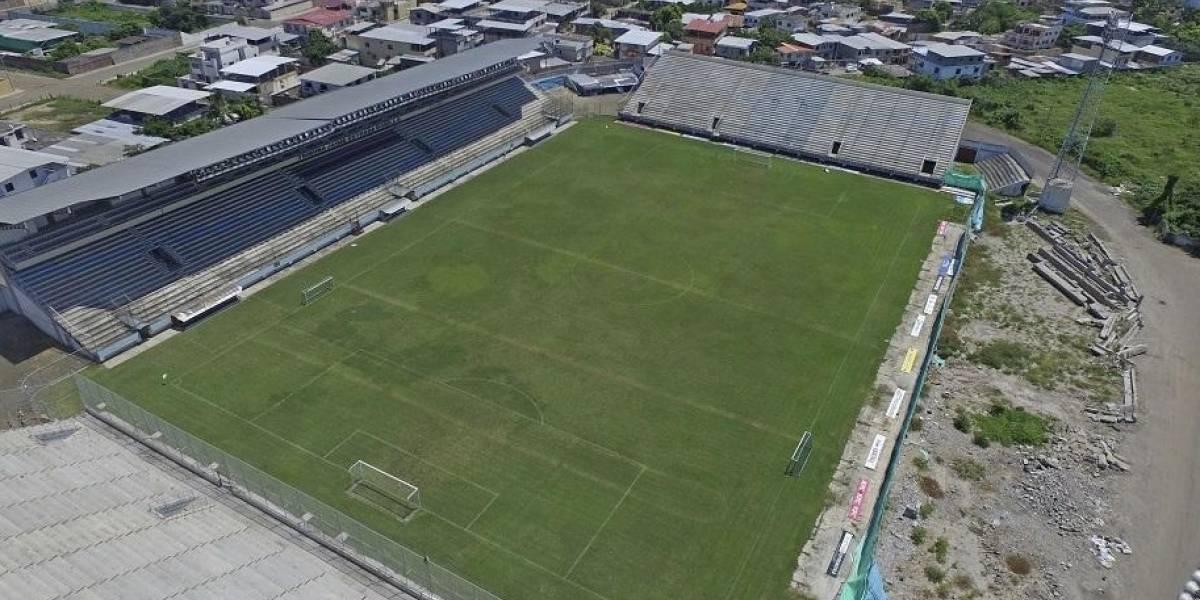 Se firma convenio para reconstruir la tribuna en el estadio Jocay