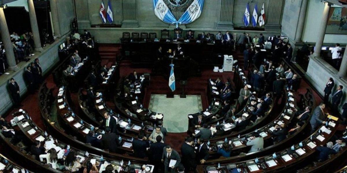 """EE. UU. amenaza con sanciones a diputados por falta de acuerdo del """"tercer país seguro"""""""