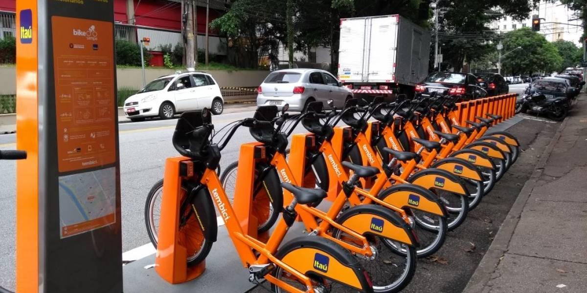Quer fugir do trânsito na hora do jogo do Brasil? Bicicletas grátis são alternativa